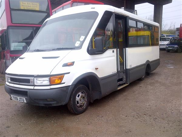 2001 IVECO DAILY 16 SEAT WELFARE BUS NEW MOT
