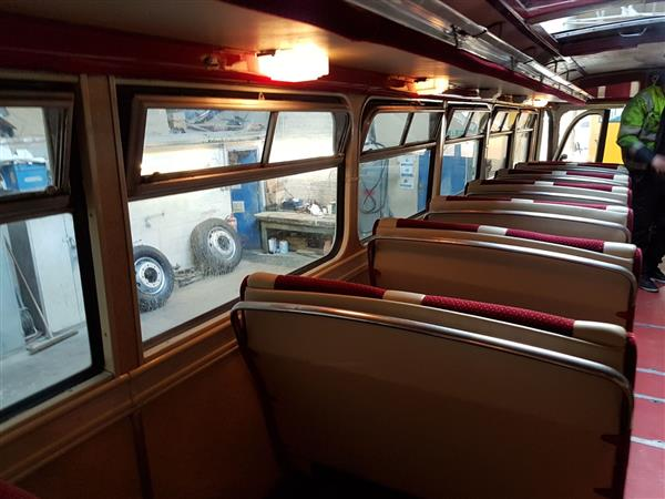 1951 Leyland Royal Tiger  LOE300