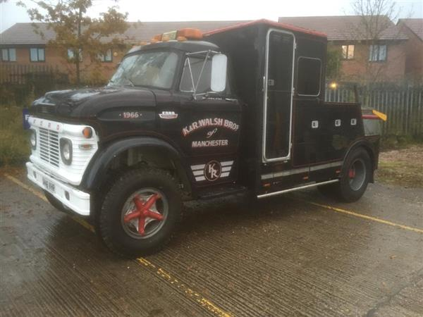 1966 FORD N series Recovery truvk