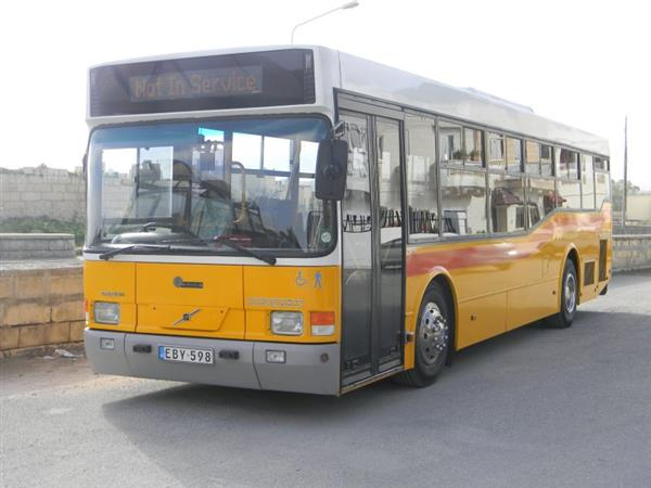 2003 VOLVO BR7L 45 Seat Low floor Buses